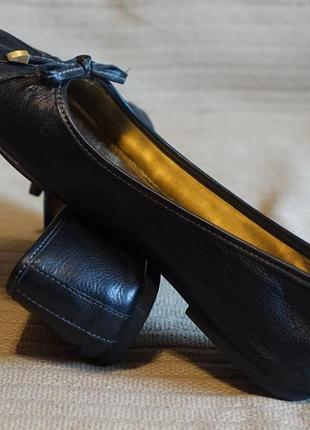 Комфортные балетки из фактурной натуральной кожи черного цвета ecco дания 39 р.