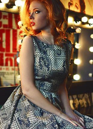 Золотое платье с бантом