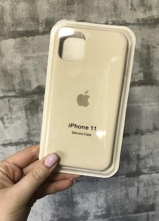 Чехол на айфон 11