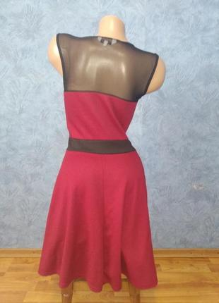Нарядное платье миди с сеточкой и пышной юбкой4 фото
