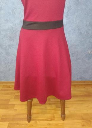 Нарядное платье миди с сеточкой и пышной юбкой2 фото