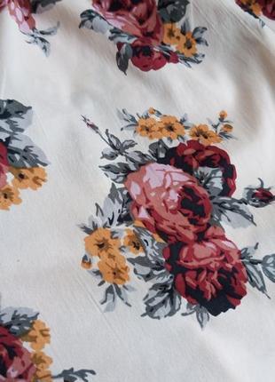 ✨неймовірна блуза в квіти , із відкритими плечами ✨2 фото