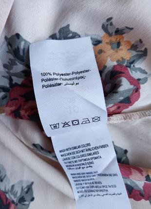 ✨неймовірна блуза в квіти , із відкритими плечами ✨6 фото