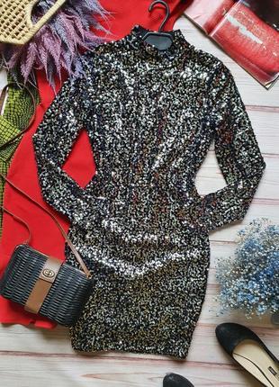 Бархатное велюровое платье с пайетками