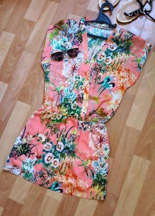 Очень красивое короткое платье zara