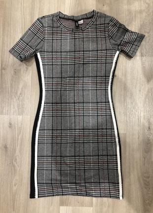 Короткое платье h&m