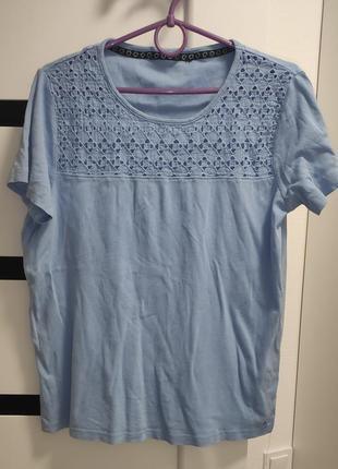 Хлопковая голубая футболка в прошву