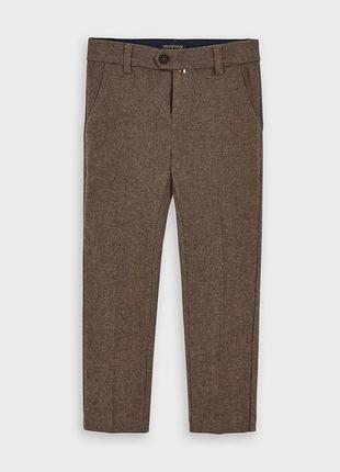 Штаны брюки для мальчика mayoral на рост 134 см