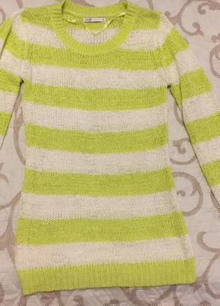Салатовый свитерок