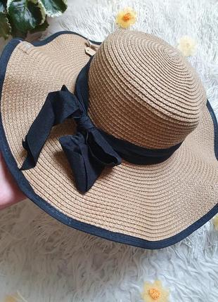 Шикарная шляпа панама с черной окантовкой!
