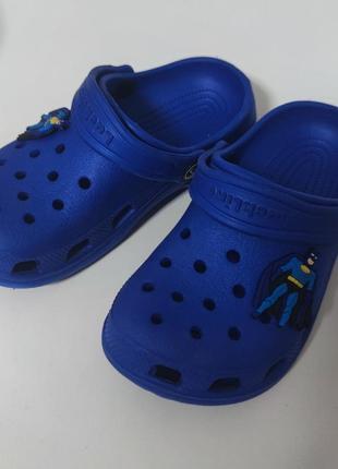 Крокси кроксики  пляжне взуття пляжная обувь бетмен