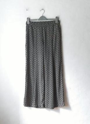 Легкие брюки палаццо