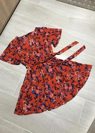 Платье на запах в цветочный принт papaya