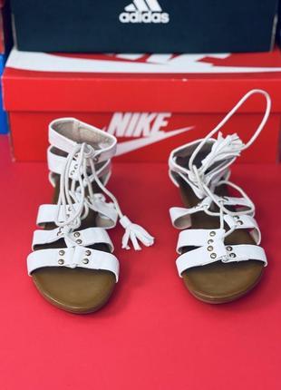 Сандали белые женские на шнуровке, пляжная обувь, плоский каблук, открытый носок, уличные босоножки. много обуви!!!