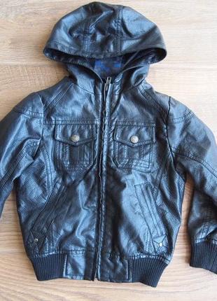Крутяцька курточка для бешкетника 3-4 рочки