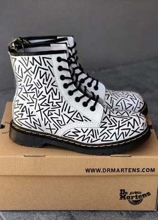 Женские, мужские демисезонные ботинки dr. martens custom boots