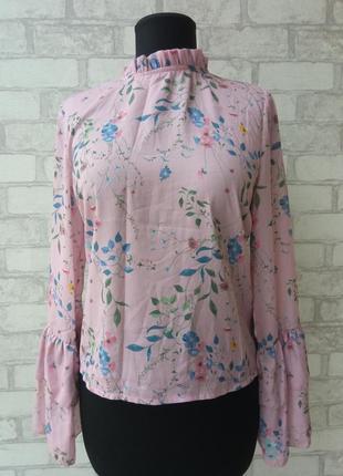 Блуза в винтажном стиле с рукавами клеш