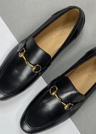 Муржкие туфли лоферы
