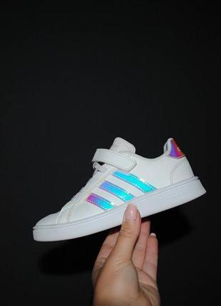 Кроссовки adidas 28 р