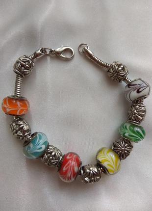 Шикарный браслетик с стекляными бусинами