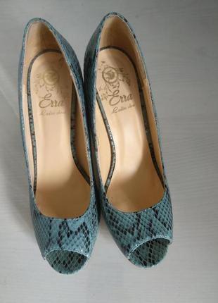 Шкіряні відкриті туфлі erra, 38 р, 24 см