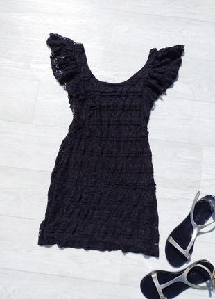 Ажурное короткое облегающее чёрное платье h&m