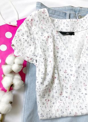 Блуза в нежный принт, nife