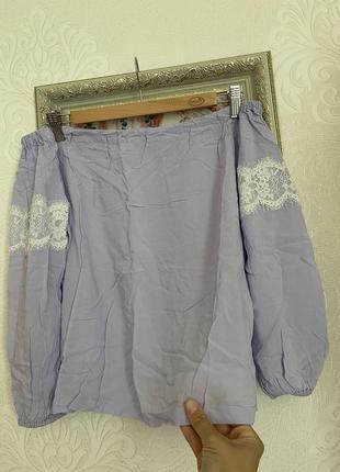 Блуза из вискозы с кружевом xs