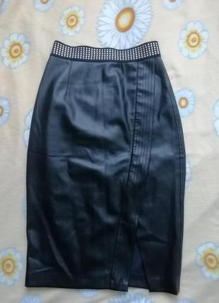 Zara юбка кожанная под кожу