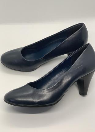 Базовые туфли темно-синие 36р