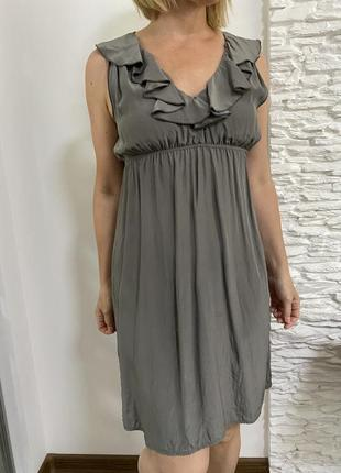 Серое дизайнерское шёлковое платье