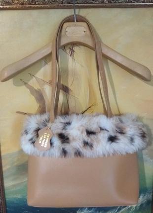 Стильная сумочка с с мехом
