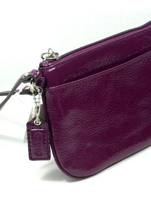 Маленький клатч, кошелек  coach из лакированной кожи сливового цвета, оригинал