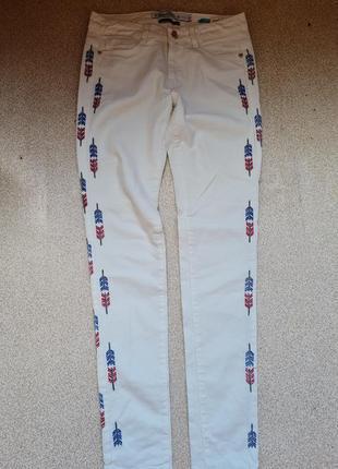 Классные котоновые джинсы,брючки skinny