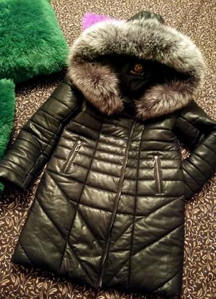 Женское пальто пуховик с чернобуркой