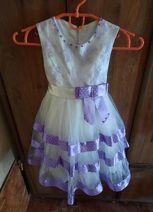 Нарядне плаття на 5-6 років
