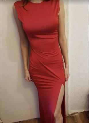 Длинное красное червона сукня платье плаття в пол