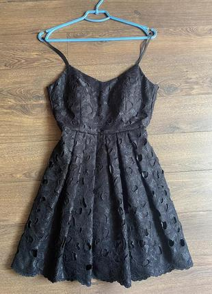 Вечернее коктейльной платья с пышной юбкой мини чёрного цвета