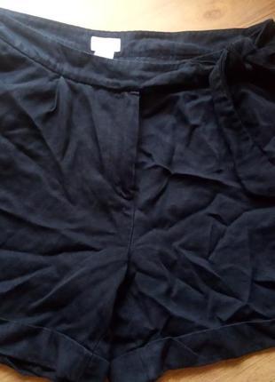 Котоновые шорты с поясом н&м размер евро 40( наш л)