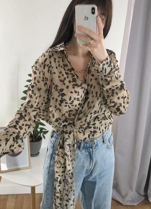 Стильная блуза на запах missguided
