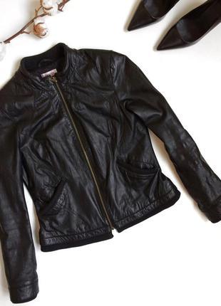 Чёрная кожаная куртка orsay