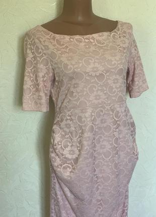 Нежное нарядное ажурное платье для беременной