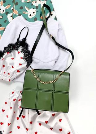 Нова вміста сумочка, трендовий дизайн