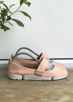 Туфлі clarks