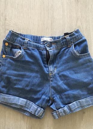 Джинсовые шорты 6-7 лет