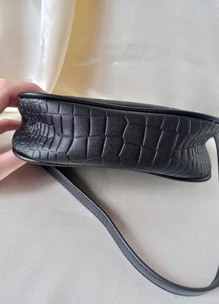 Модная черная сумка с серебристой цепочкой стильная сумочка 30589 фото