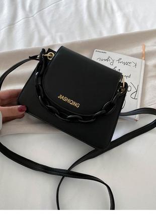Модная черная сумка с черной цепочкой стильная сумочка 3060