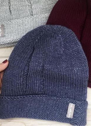 Весенняя шапка ручной работы