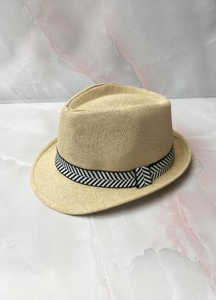 Шляпа солома