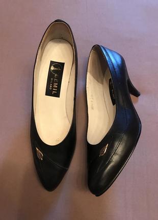 Bemil milano  туфли классика чёрного цвета